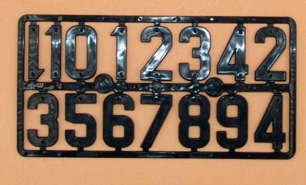 Nummernblock, Nummer 0 bis 9 schwarze Ziffer zur Kennzeichnung von Gegenständen mit zwei Nagellöschern